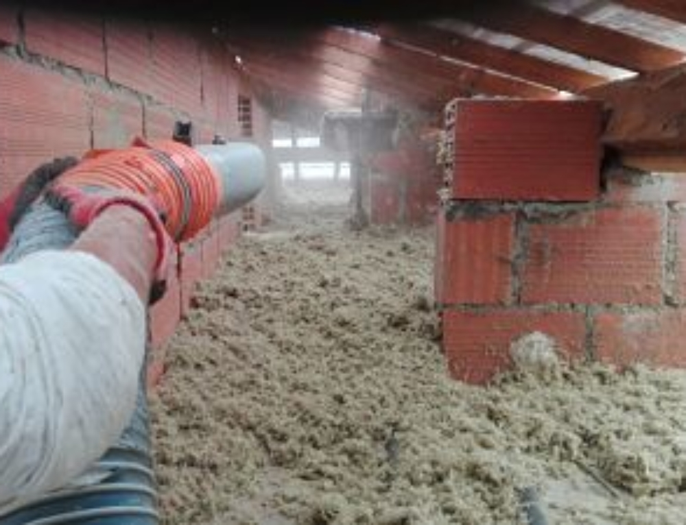 Isolation des combles en laine de verre soufflée Ramonville Saint Agne (31)